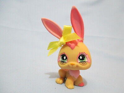 Littlest Pet Shop 506 Tan Pink Bunny Rabbit With Original Accessory Authentic