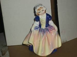 """ROYAL DOULTON FIGURINE """""""" DINKY DOO """""""" CIRCA 1935 Cooks Hill Newcastle Area Preview"""