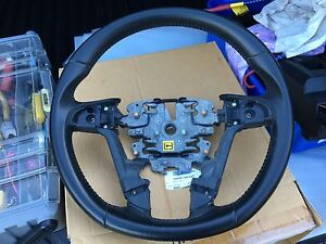 VE Calais-V leather steering wheel Tapping Wanneroo Area Preview