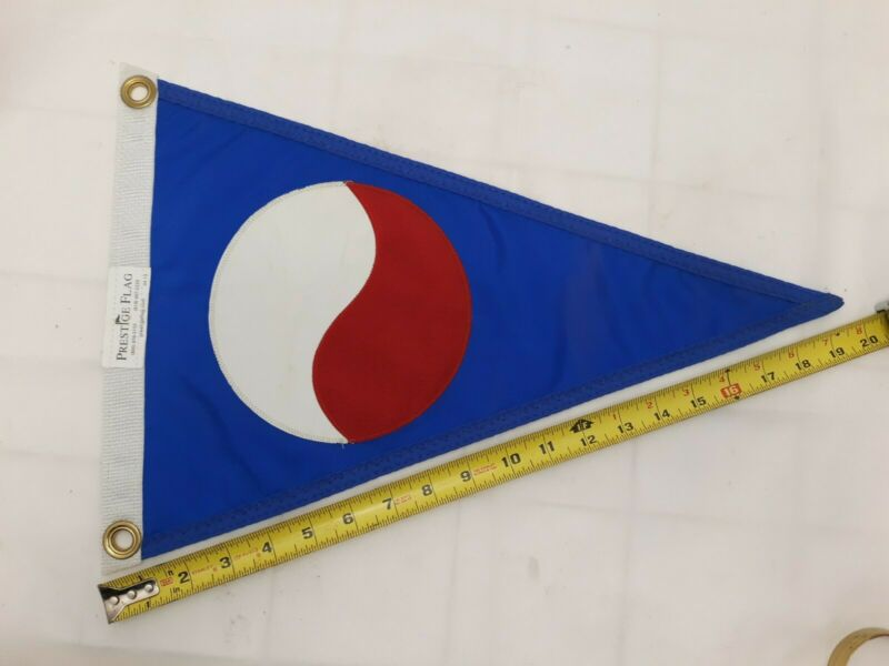 "Vintage Yacht Club burgee flag, nylon, 13"" x 20"""