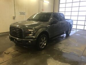2017 Ford F-150 sport low kms