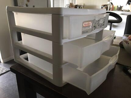 ScrapBooking paper storage unit