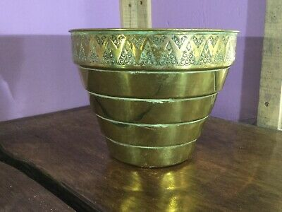 Lovely Arts & Crafts Brass Planter. Large Size. Aspidistra Plant Pot