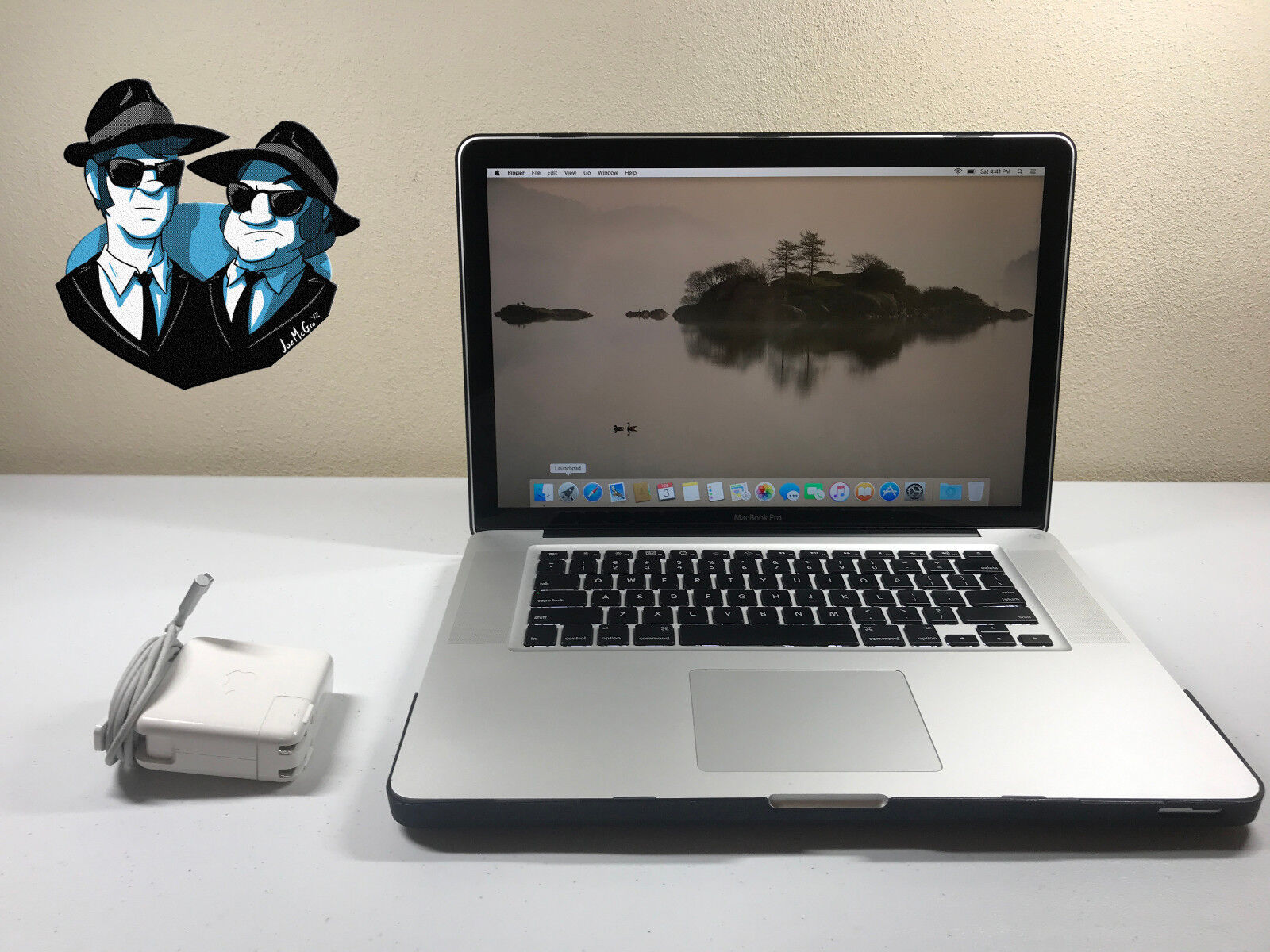 Apple MacBook Pro 15 OSX-2016 PRE-RETINA 8GB RAM 1TB SSD HYBRID  1 YEAR WARRANTY