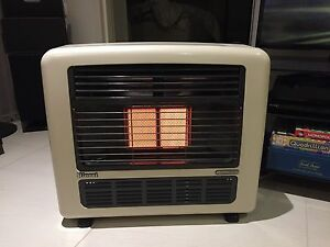 Rinnai Titan MK2 gas heater - excellent condition Wollstonecraft North Sydney Area Preview