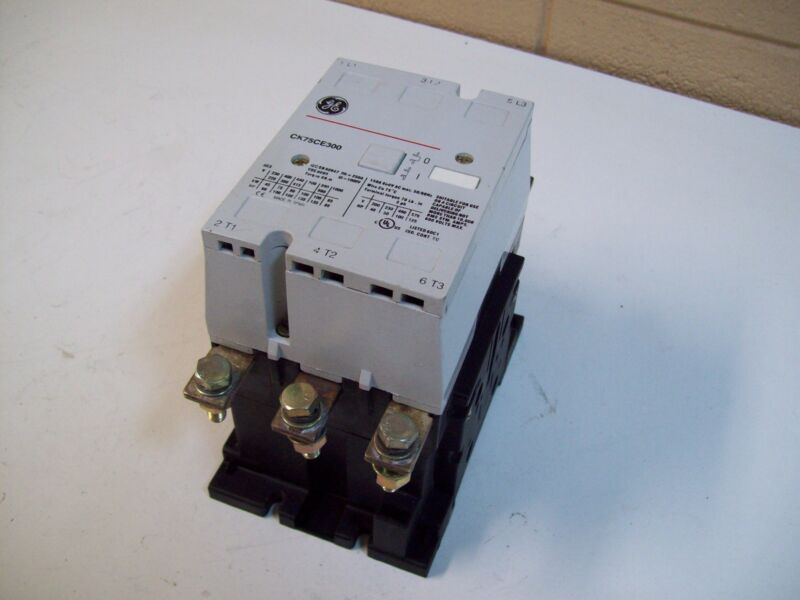 GE GENERAL ELECTRIC CK75CE300 CONTACTOR STARTER 3POLE 50/60HZ - USED - FREE SHIP
