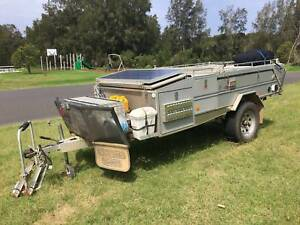 2009 Aussie Swag Ultra hard top camper trailer