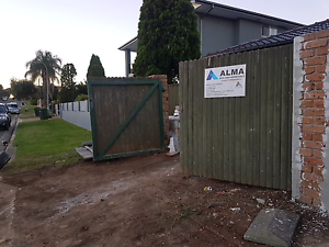 Free timber Fance Hinchinbrook Liverpool Area Preview
