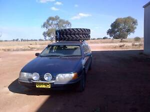 Trade or swap a 1994 Futura Ford Waggon for a ute or trayback .
