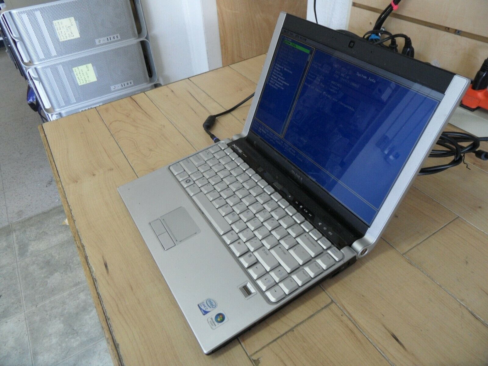 Dell XPS M1330 Laptop For Parts Posted Bios Hard Drive Wiped *