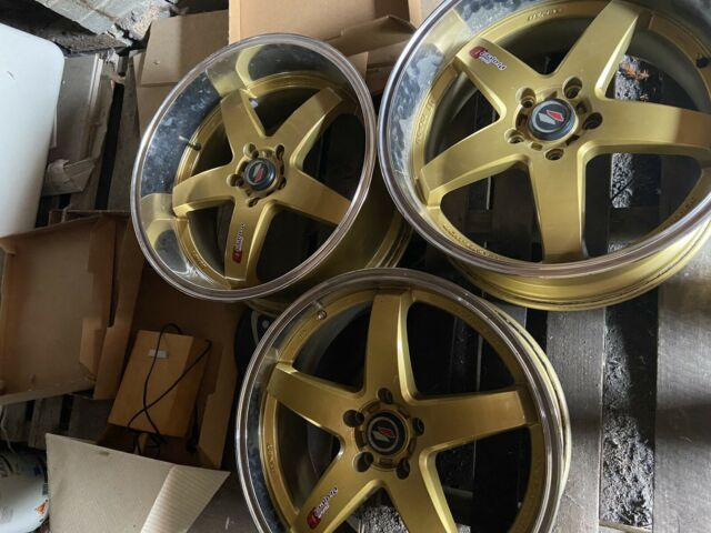 20 Inch Rims Gold Deep Dish Rear And Normal Front