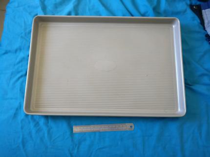 3 XL baking trays