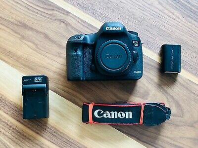 Canon EOS 5D Mark III 22.3MP Digital SLR Camera - (Body Only) FREE FAST SHIPPING