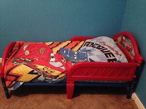 Cars toddler bed and sheets / bedding