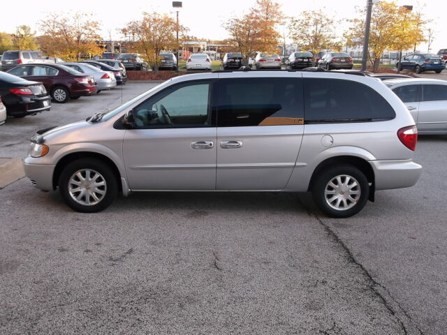 2002 Chrysler Town & Country  For Sale