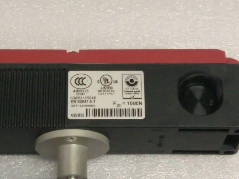 Brand new Euchner Safety Switch 087427