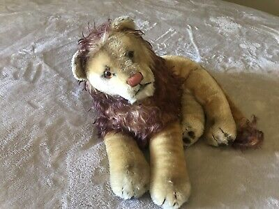 Steiff Sitting Leo Lion