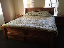 King size bedroom set Butler Wanneroo Area Preview