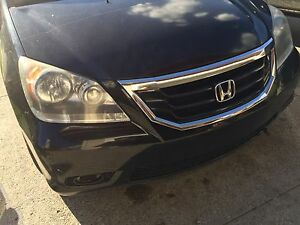 2008 Honda Odyssey touring edition mint