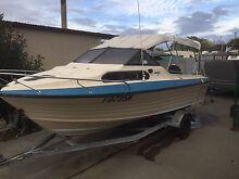 18ft Yalta Craft 135HP Outboard - Family & Fishing Boat Bendigo Bendigo City Preview