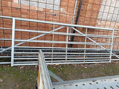 Galvanised Metal Field Farm Equestrian Entrance Security Gate