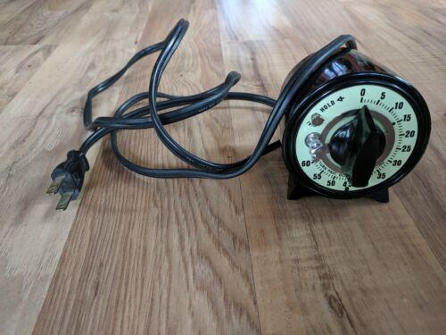 Vintage UL Timer With Outlet