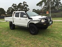 Toyota hilux 2008 turbo diesel 5 sp manual Roxburgh Park Hume Area Preview