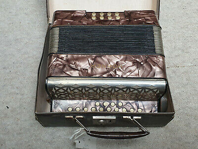 Very nice small Hohner Liliput button accordion C/F Tornisteraccrdeonn in case
