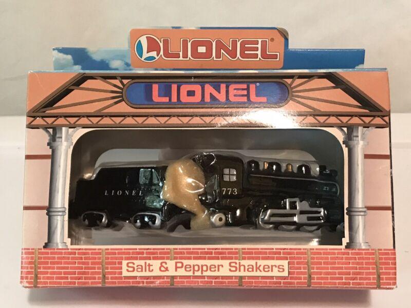 Lionel Train Salt Pepper Shakers Americas Favorites by Enesco 773 Hudson Steam