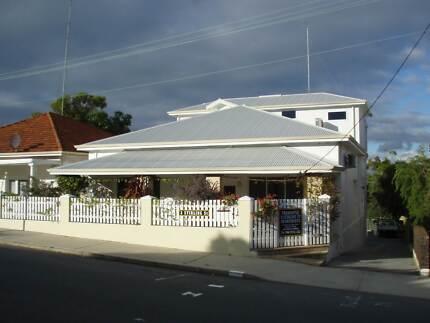 FREMANTLE 3 STIRLING ST APARTMENTS fr $ 99,- pn Fremantle Fremantle Area Preview