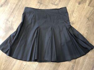 Portmans skirt, size 14, excellent condition
