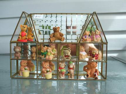 """""""BEARS""""  IN GLASS HOUSE"""