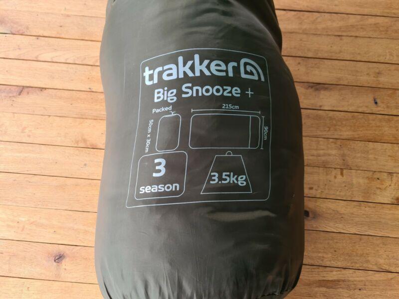 BARGAIN TRAKKER BIG SNOOZE + SLEEPING BAG CARP FISHING TACKLE BIVVY BEDCHAIR