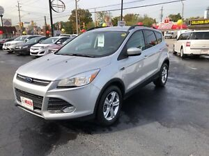 2014 Ford Escape SE AWD- NAVIGATION SYSTEM, REAR VIEW CAMERA