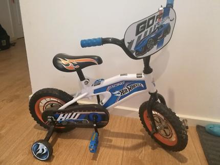 Kid bike with train wheel