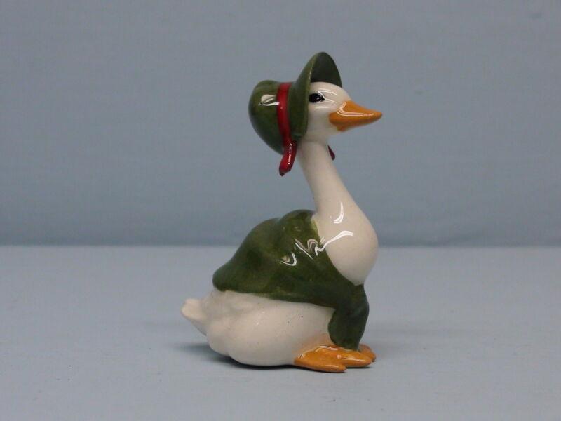 HTF Retired Hagen Renaker Christmas Goose Green Shawl