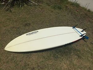 "SurfBoard 6'10"" Mountain Creek Maroochydore Area Preview"