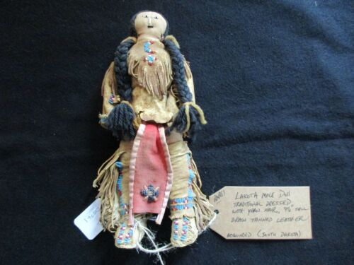NATIVE AMERICAN BEADED LEATHER DOLL,  AUTHENTIC SOUTH DAKOTA DOLL  SD-0821*05761