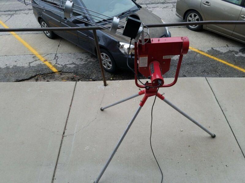 Pro Heater Sports Baseball Pitching Machine