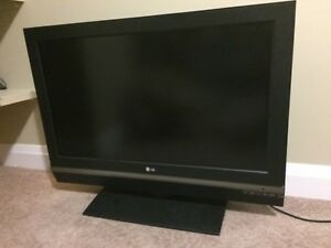 "37"" LG LC2D TV for sale!"