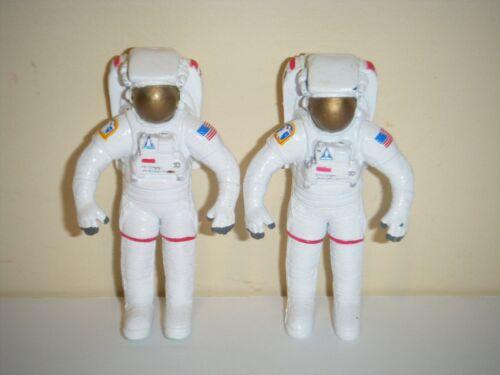 "Vintage APII 1998 NASA Astronaut 2.75"" Toy Figures (LOT OF 2)"