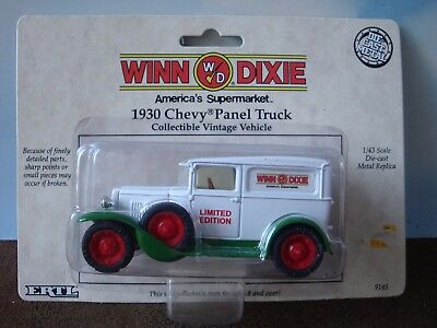 Winn Dixie 1930 Chevy Die Cast Panel Truck  1 43 Scale By Ertl  9145 Nip