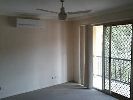 Master Bedroom in a 3 Bedroom Townhouse Available Now Mount Gravatt East Brisbane South East Preview