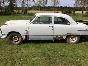 51 Ford Custom