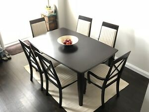 Solid birch dining room set! Excellent condition