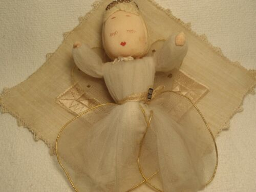 VINTAGE JAPAN SPUN COTTON ANGEL TULLE NETTING WIRE WINGS EMBROIDERED DOILEY