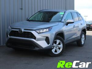 2019 Toyota RAV4 LE HEATED SEATS| BACKUP CAM | ONLY 13K