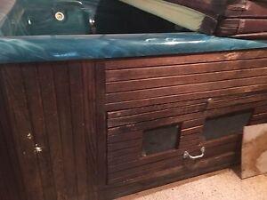 Hot tub 15+ yrs old