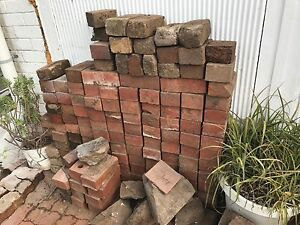 FREE Red house bricks and old pavers Panorama Mitcham Area Preview