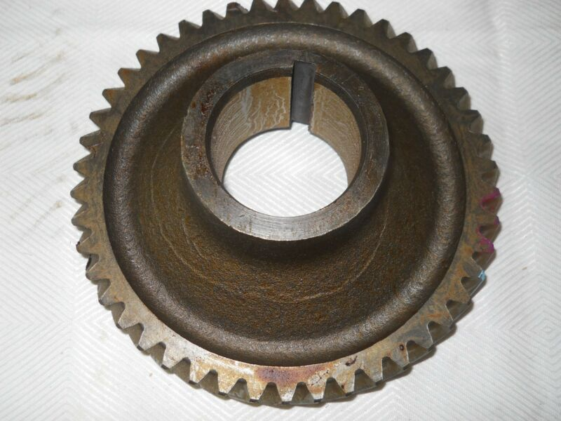 DODGE TRUCK MANUAL TRANSMISSION COUNTERSHAFT DRIVE GEAR  MOPAR 1934772 NOS 61-68